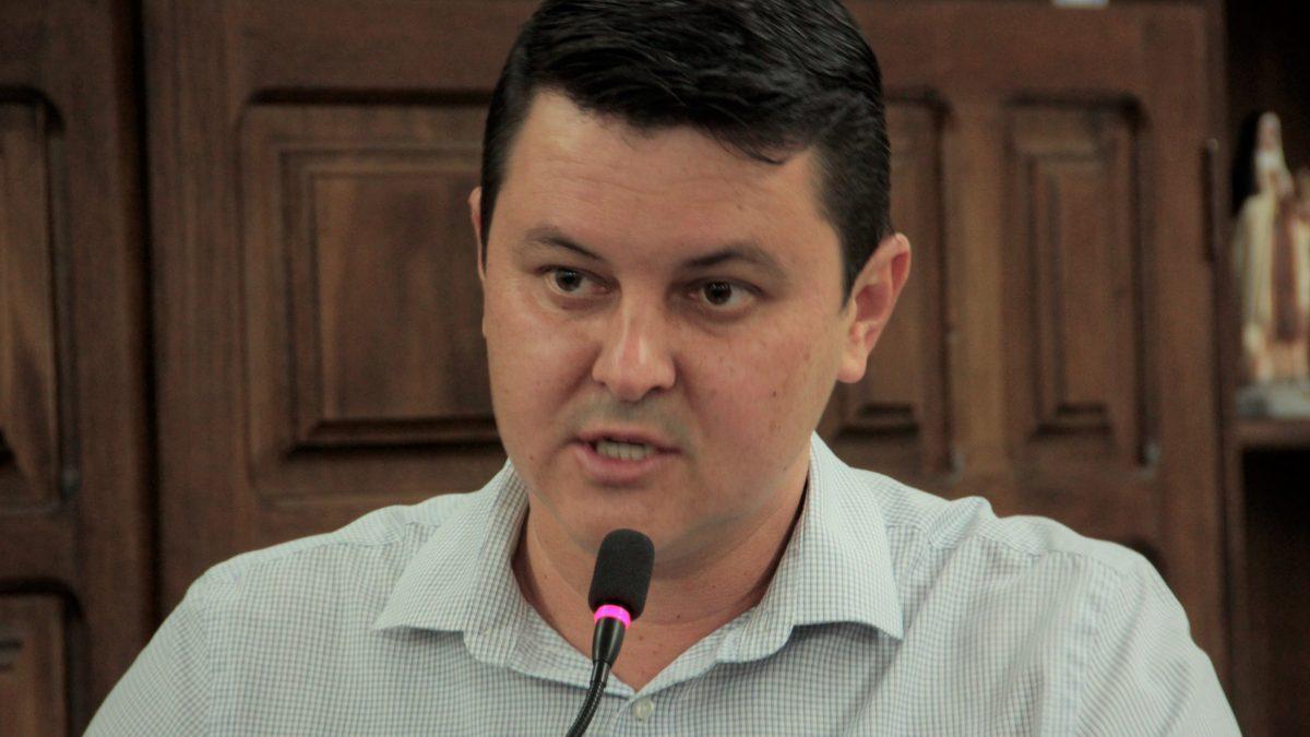 Diego da Global solicita desinfecção de ruas em toda cidade
