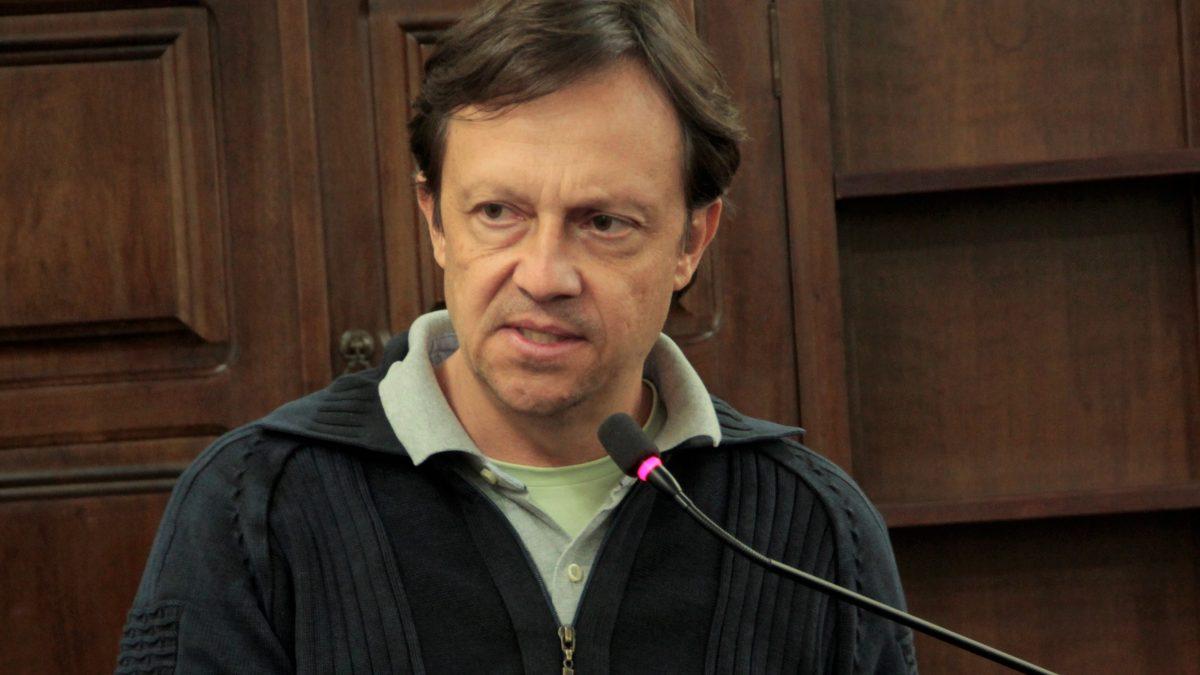 Paulinho sugere campanha de combate a escorpiões
