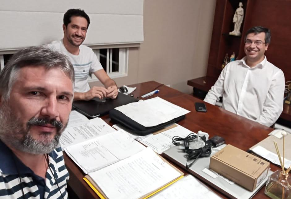 Coronel Tadeu e Major Olímpio encaminham R$ 100 mil para a Saúde