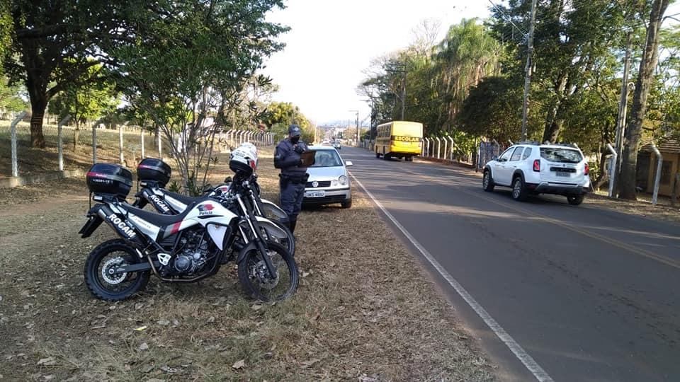 Polícia Militar realiza barreiras nas principais vias de acesso e Portais da cidade