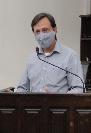 Paulinho Gabrielli requer melhoria para iluminação pública