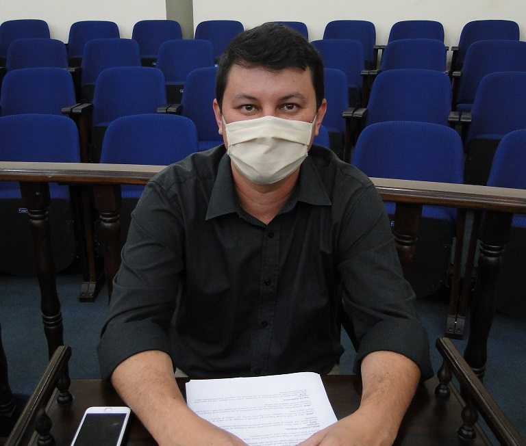 Diego da Global requer desinfecção de órgãos públicos para o combate à COVID-19