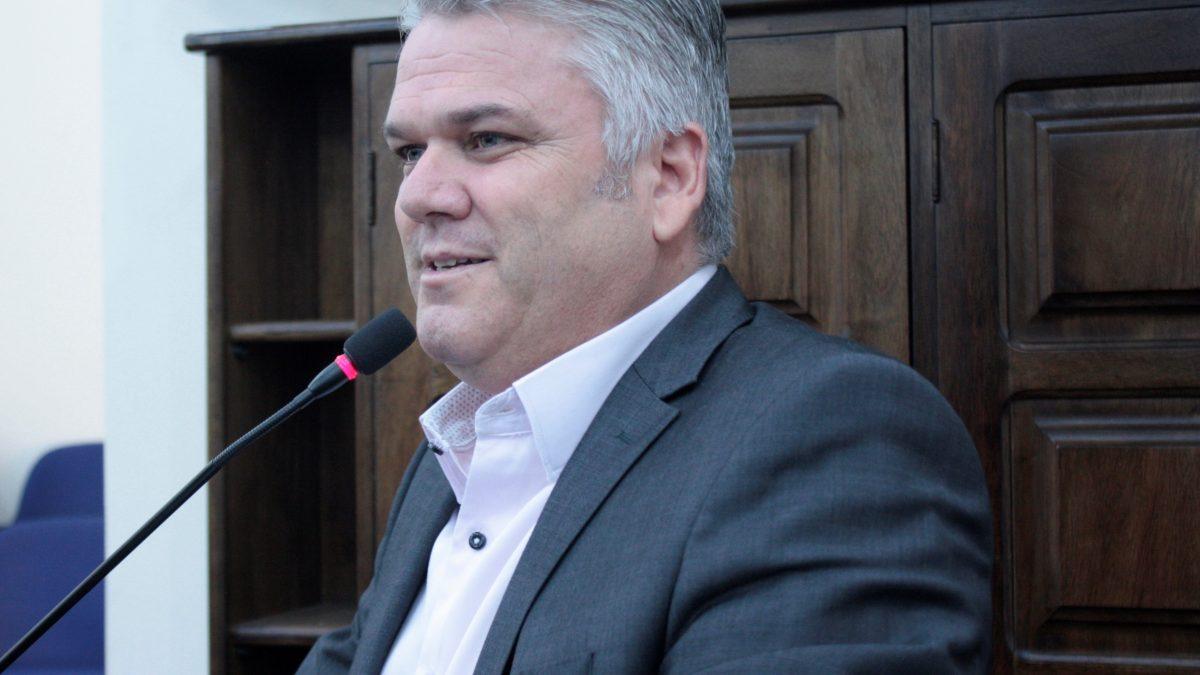 Pastor Adilson sugere medidas para segurança pública