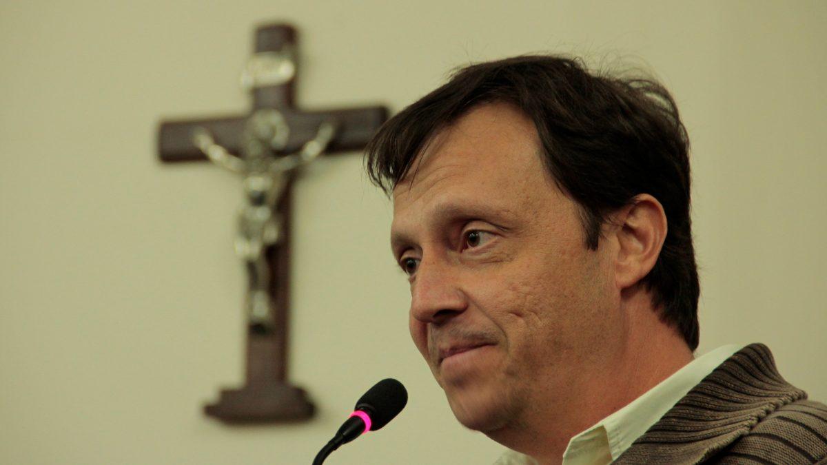 Paulinho Gabrielli defende a instituição do COMDEA