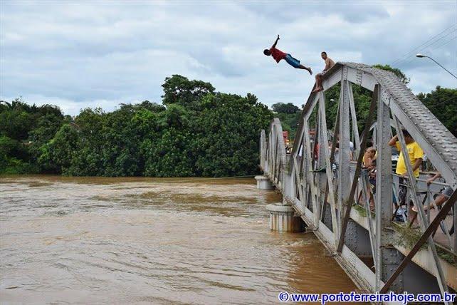 Homem morre afogado em Porto Ferreira após mergulhar com o sobrinho no Rio Mogi Guaçu
