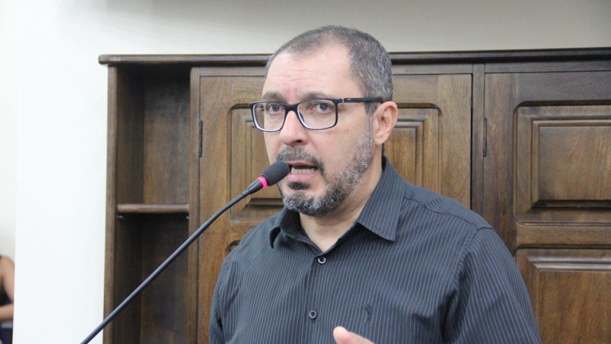 Marcelo Figueiredo sugere à Prefeitura adotar sistema de pagamento de impostos por meio de cartão de débito e crédito