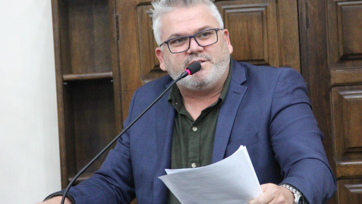 Pastor Adilson requer desconto de 50% no IPTU em 2021