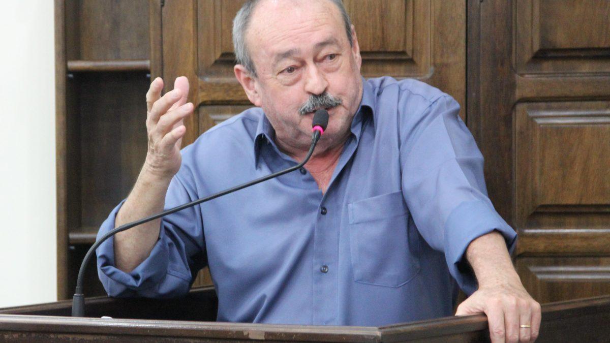 Pinho defende auxílio financeiro a profissionais da Saúde