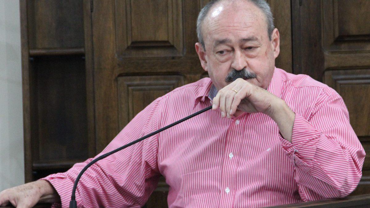 """Pinho sugere live do evento municipal """"Viola na Praça"""""""