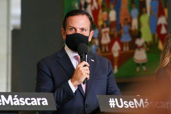 Governador João Doria suspende cultos religiosos, campeonatos esportivos e determina fase emergencial da quarentena