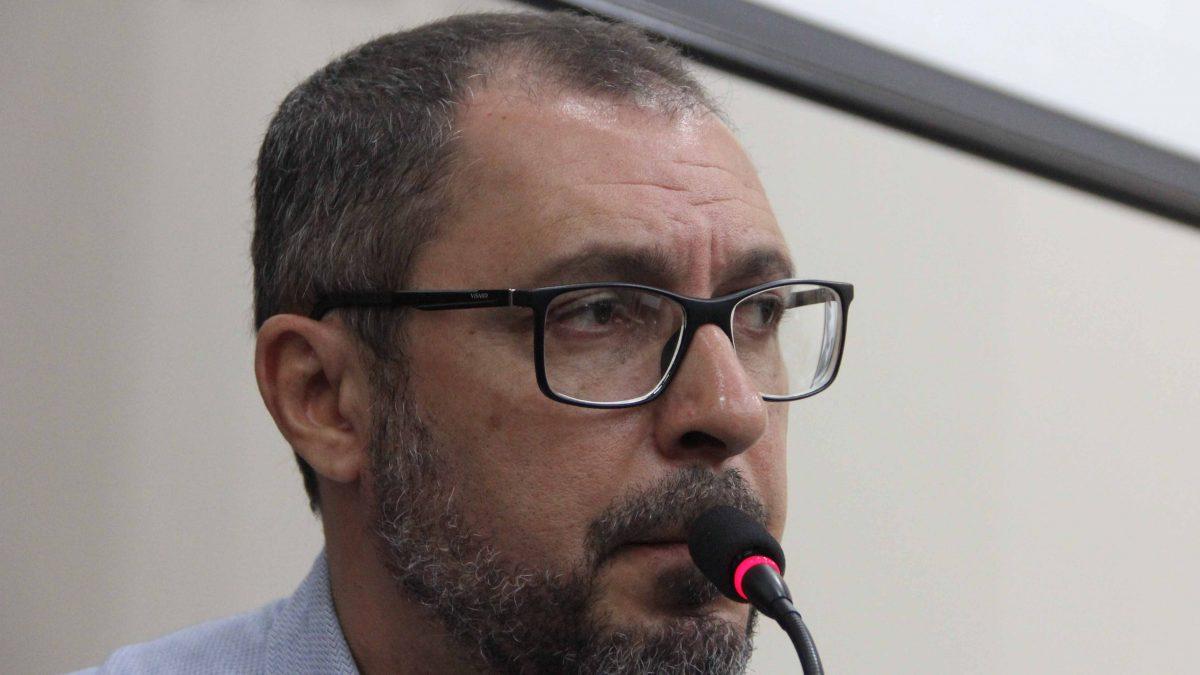 Marcelo Figueiredo propõe instalação de estúdio de gravação na escola de Música