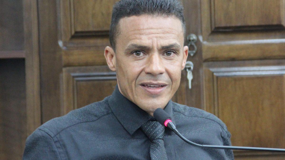 Ninja propõe instituição de política para o esporte em Descalvado