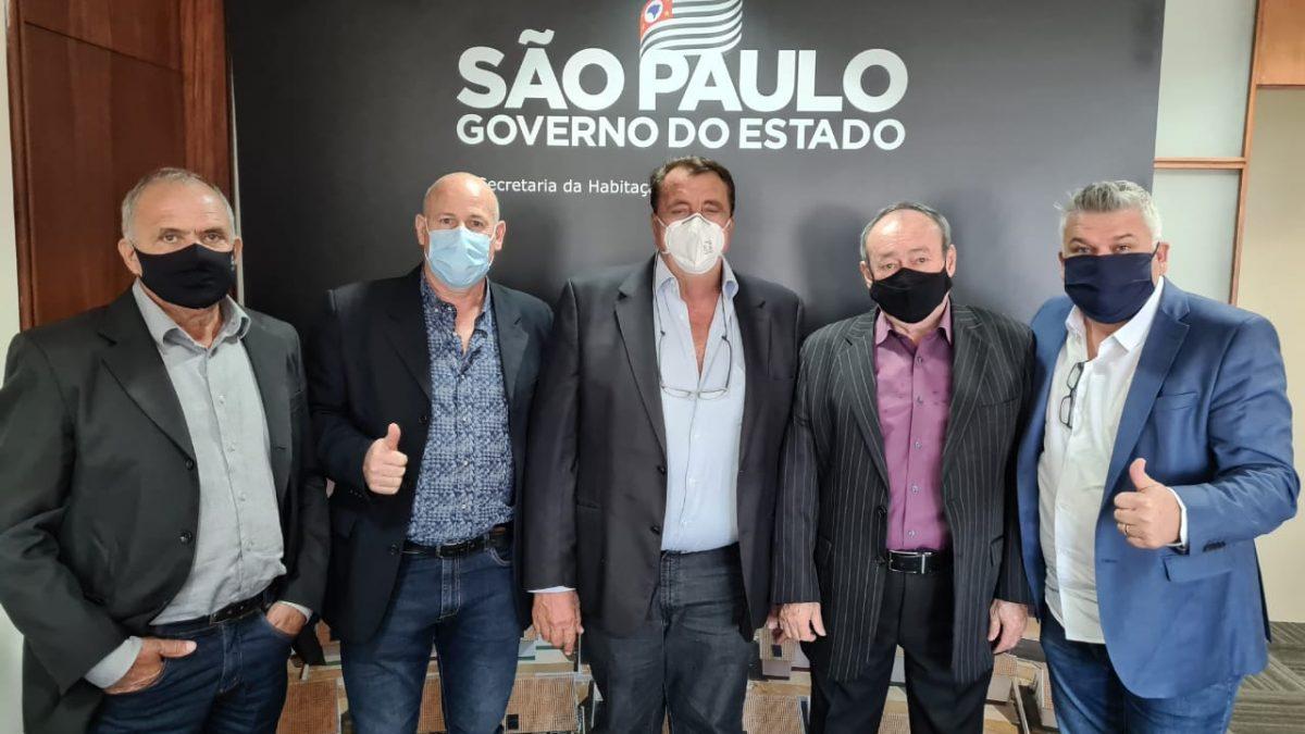 RECURSOS PARA DESCALVADO: Prefeito, Vice e Vereadores estão em São Paulo buscando recursos para nossa cidade