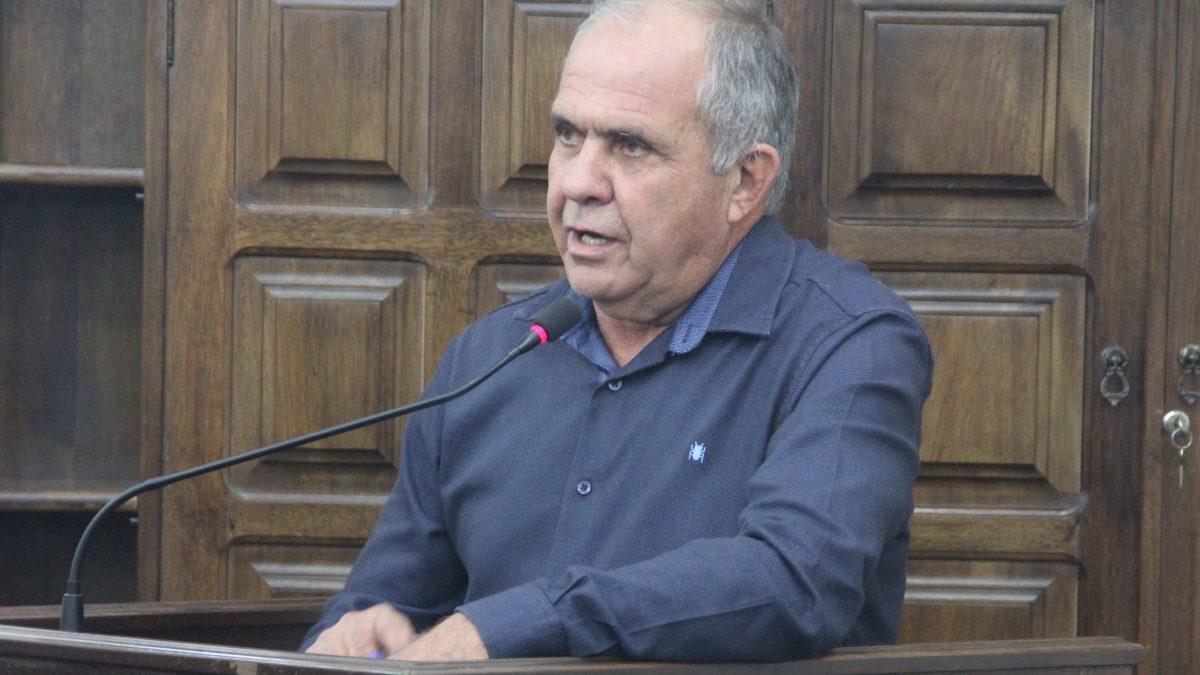 Argeu pede melhorias no acesso à estrada Benedito Simel