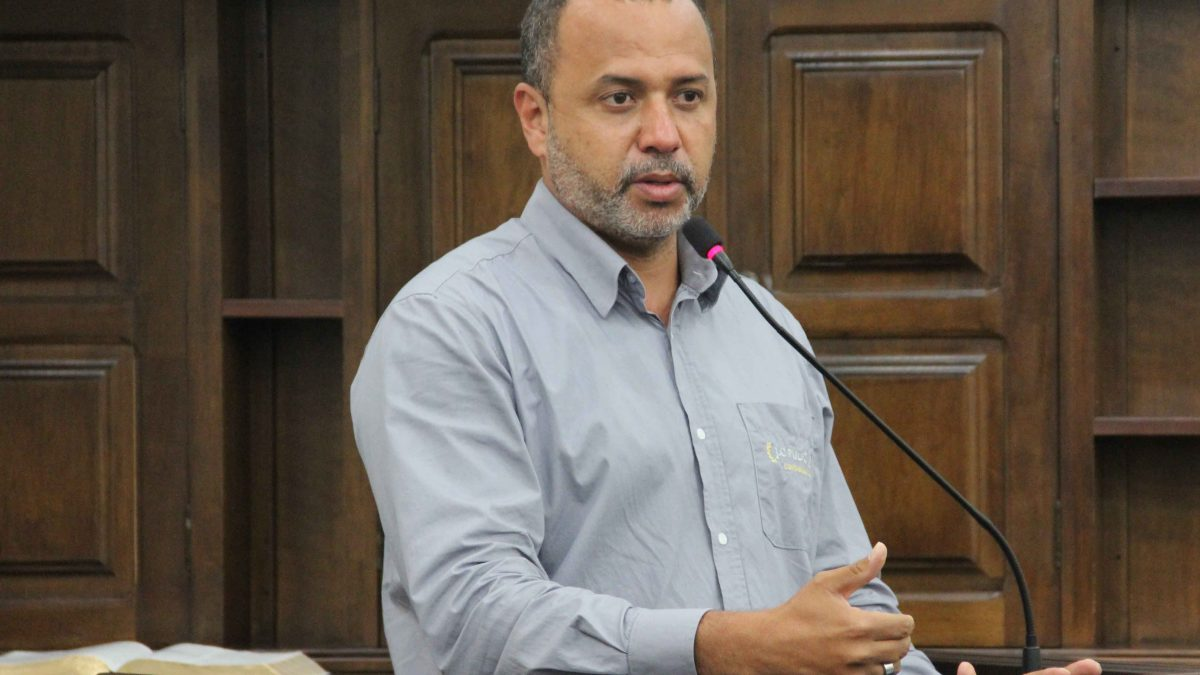 Vaguinho pede união de esforços por centro de diagnósticos por imagem