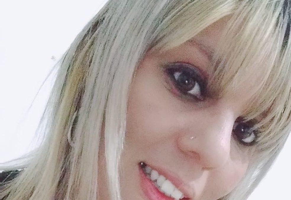 Mulher é assassinada com facada em São Carlos e suspeito é preso após ser visto abandonando corpo