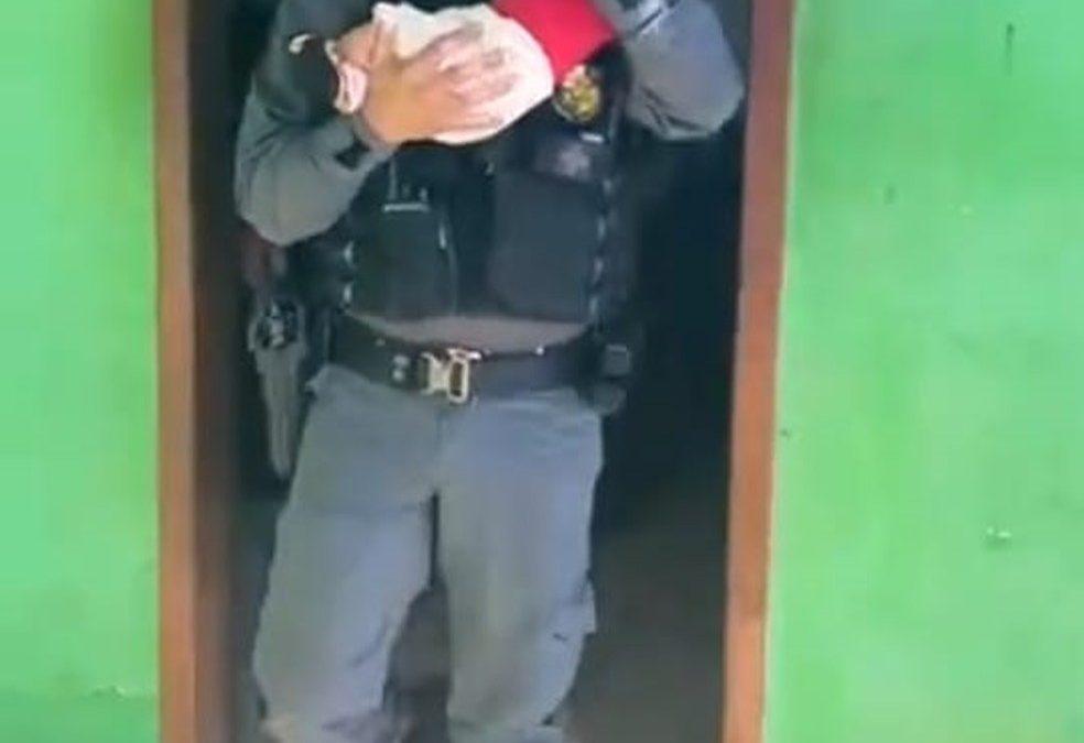 BRASIL: Mãe deixa bebê de 2 meses como 'garantia' em boca de fumo e perde a guarda da criança