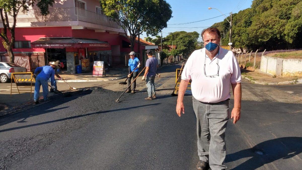 PROGRAMA ASFALTO NOVO: Novos trechos de ruas são recuperados pelo maior programa de recuperação de ruas e avenidas já implantado na cidade