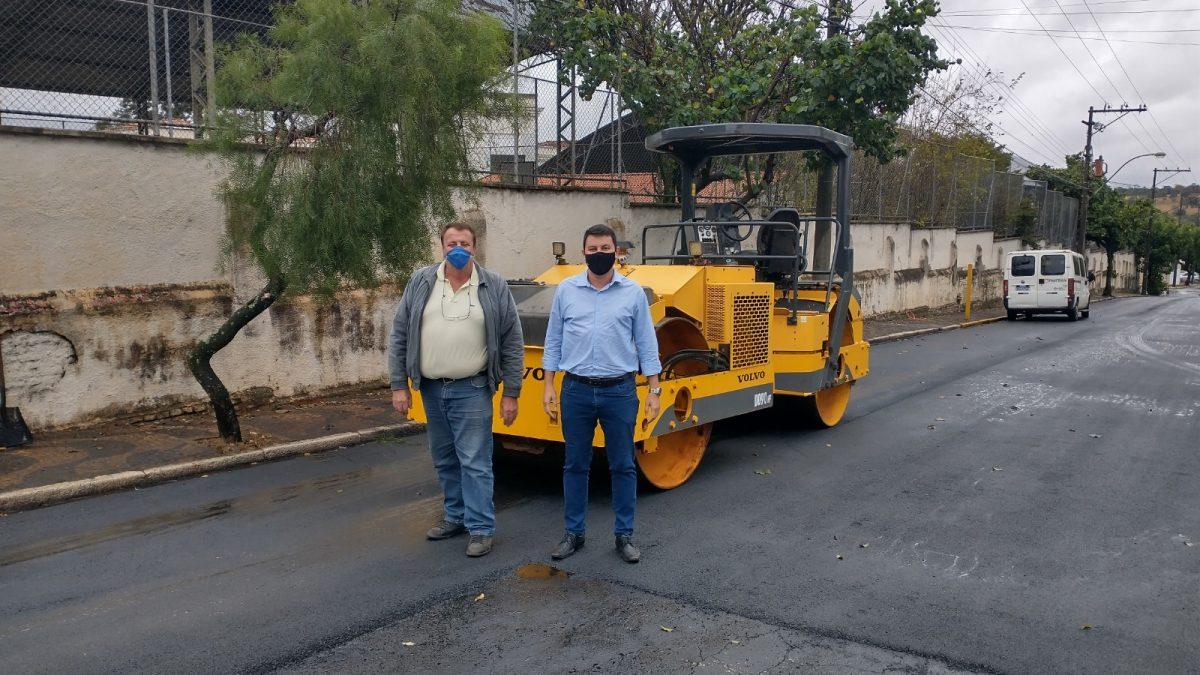 PROGRAMA ASFALTO NOVO: Recapeamento de quase toda a extensão da Avenida Bom Jesus é iniciado