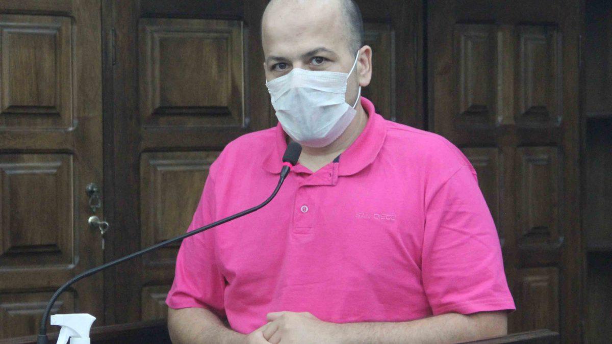 Daniel volta a cobrar providências urgentes para quiosques na Praça da Fepasa